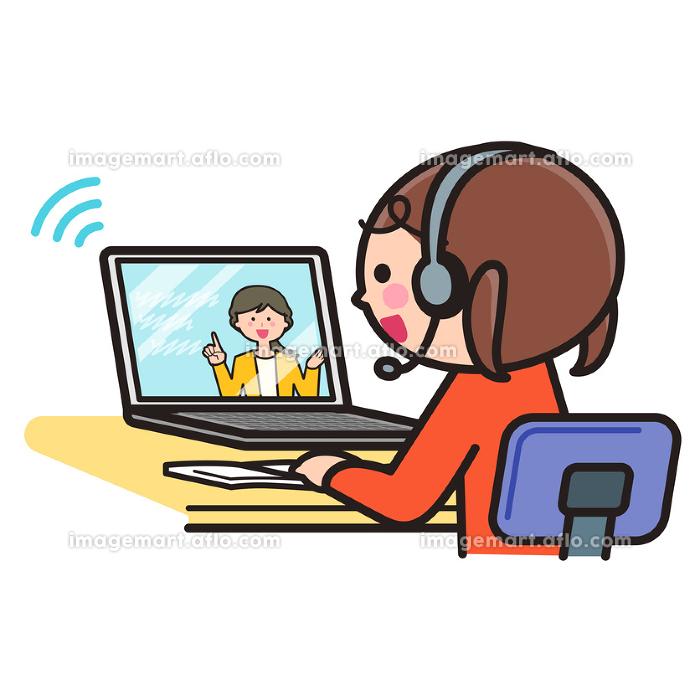 オンライン授業を受ける女の子・パソコン・PCの販売画像