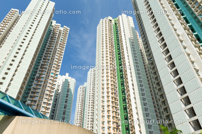 Residential building to the skyの販売画像