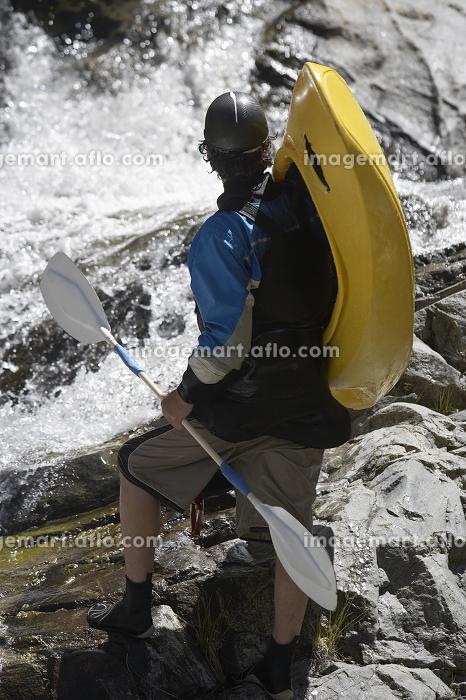 Man Ready For Kayakingの販売画像