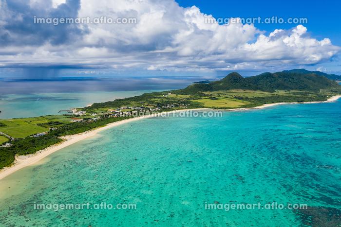 Tropical lagoon of Ishigaki island of Japanの販売画像