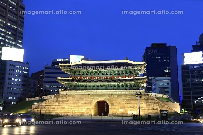 南大門の夜景 ソウルの販売画像