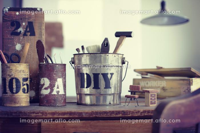 DIYのアトリエ部屋や作業風景のイメージ写真の販売画像