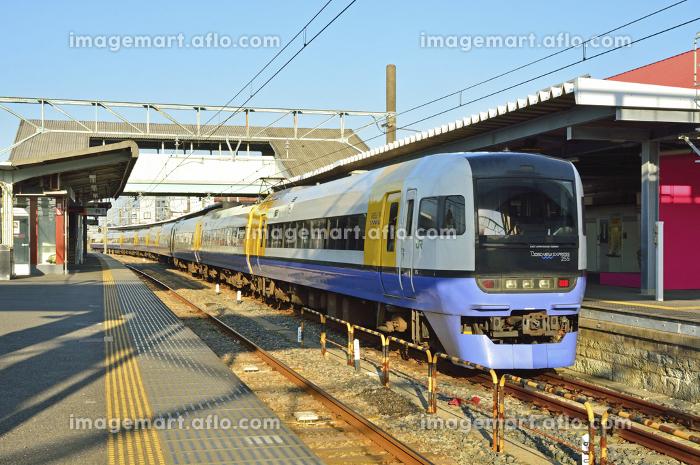 特急しおさい255系電車 JR銚子駅ホーム(110132145) イメージマート