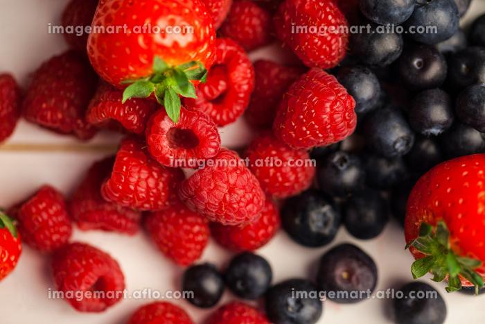 Fresh berries in close upの販売画像