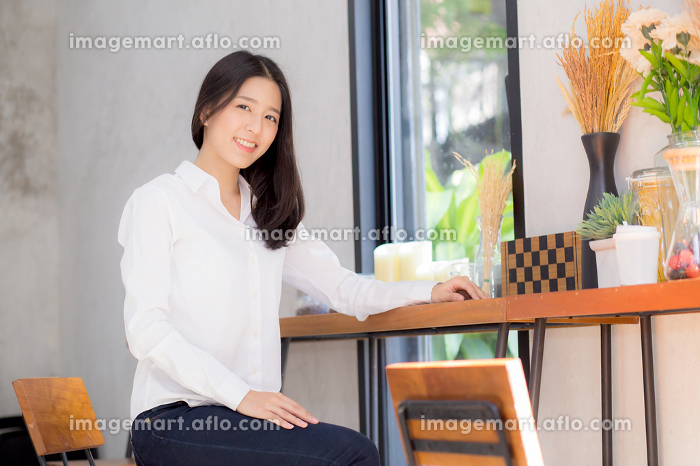 Beautiful of portrait asian young woman working online sitting a