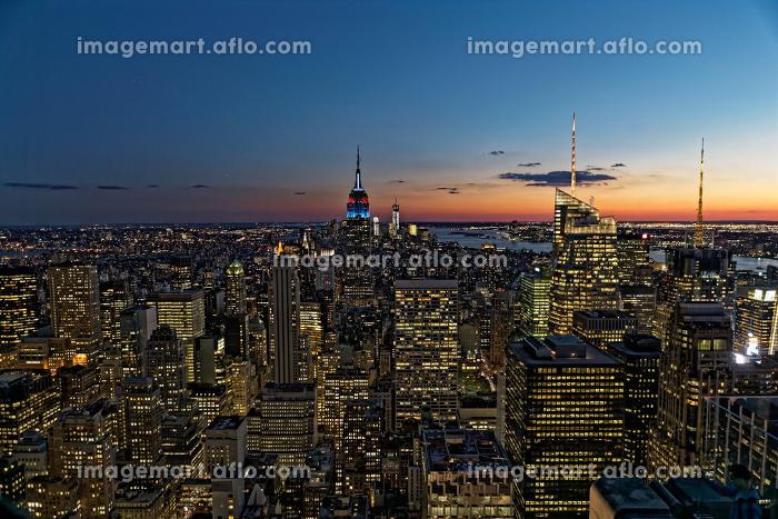 ニューヨーク摩天楼 マンハッタン夜景 アメリカ合衆国の販売画像