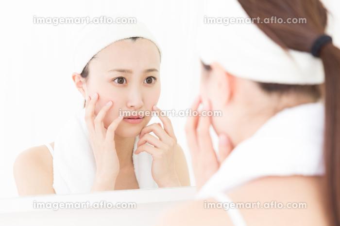 美容 イメージ 鏡の販売画像