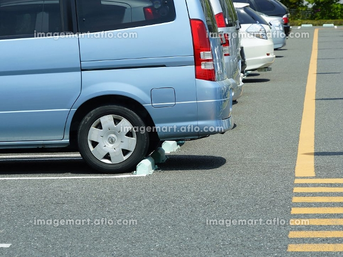 平面駐車場の乗用車